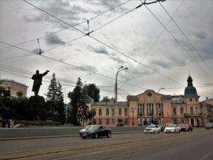 Lenín, apuntando al futuro, en Irkutsk./ Foto J.M.