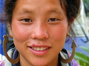 005. Retrato mujer Hmong, Vietnam
