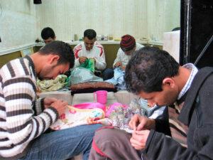 En Marruecos, los oficioss tienen gran importancia todavía./ Foto J.M.